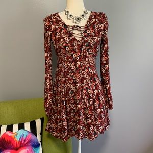 Hollister Long Sleeve Tie Neck Floral Dress D5